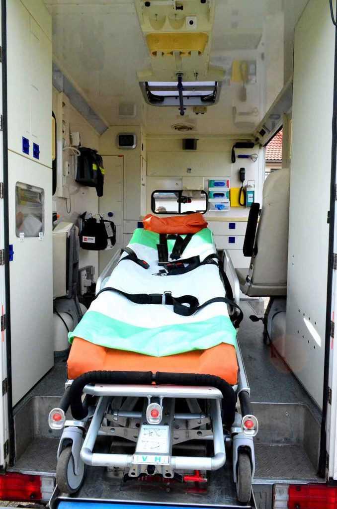 Krankentransporte Krankenpflege Altenpflege